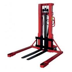 Gerbeur manuel 1 tonne 1600 mm fourches réglables longerons encadrants